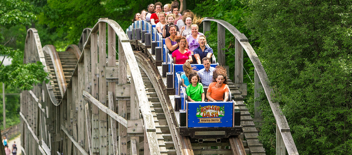 LAKE COMPOUNCE'S BOULDER DASH AWARDED WORLD'S BEST WOODEN COASTER AWARD FOR 2013