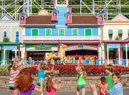 Children excited at Lake Compounce main gate