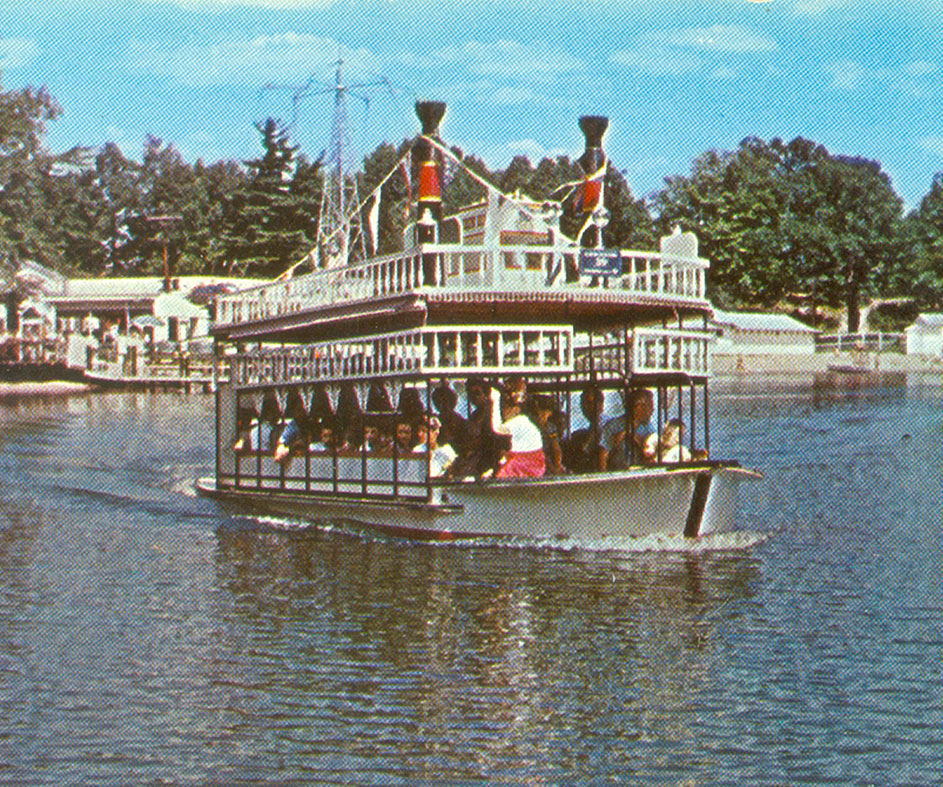 Historical image of riverboat on Lake Compounce